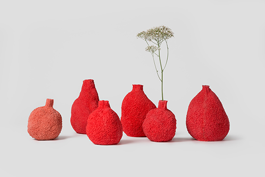 ELSE-CORAL-VASES_MICHAL-FARGO_PCM-DESIGN.jpg