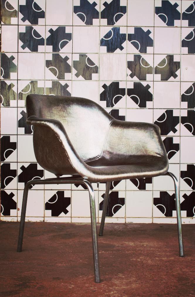 NINA_COIMBRA_cadeira_by_revista_imobilliare